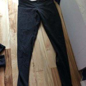 Long length Normal rise lululemon size 8. Worn 2